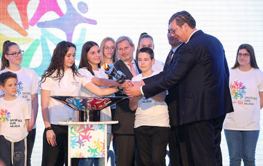 Johannes Hahn proclaimed new Ambassador of Youth Sports Games